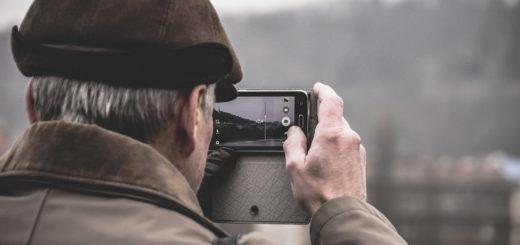 Top 10 des meilleurs téléphones portables et smartphones pour seniors et personnes âgées