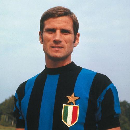 Giacinto Facchetti les 10 meilleurs défenseurs de l'histoire du football
