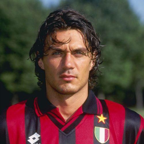 Paolo Maldini l'un des meilleurs défenseurs centraux et l'un des meilleurs défenseurs latéraux du monde