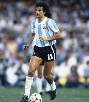 Mario Kempes fait partie des meilleurs joueurs argentins de tous les temps Top10